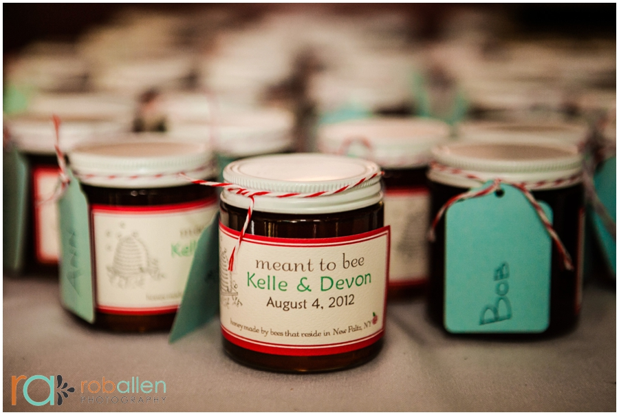 New-World-Home-Cooking-Co_Saugerties-NY-Wedding-Rob-Allen-Photography-WEB_0107