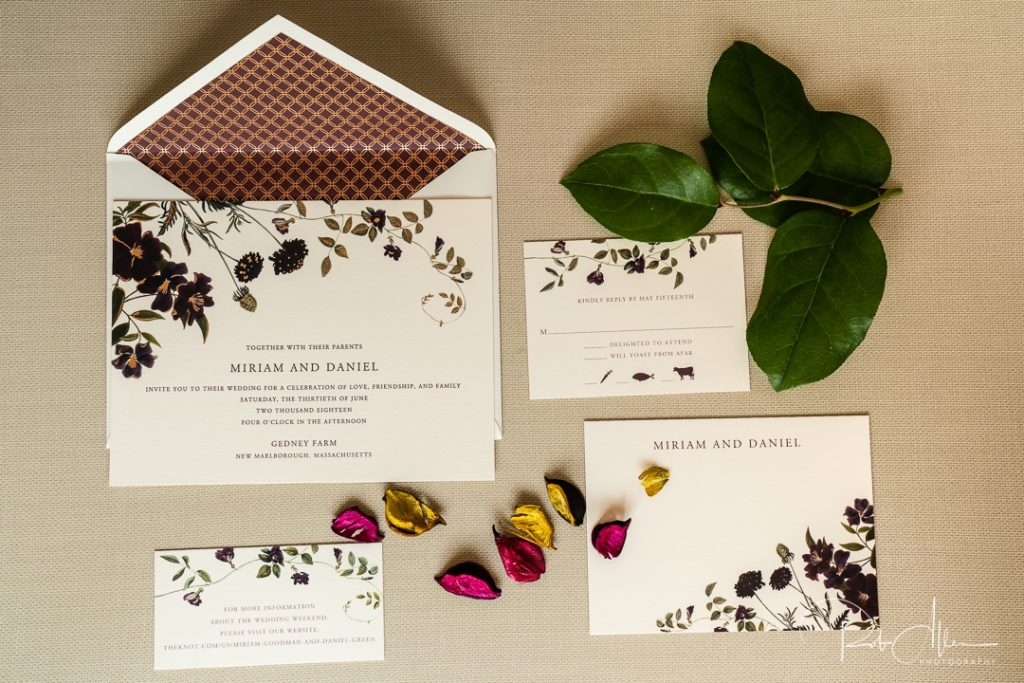 Top 6 Things You Should Know About Wedding Invitations 5